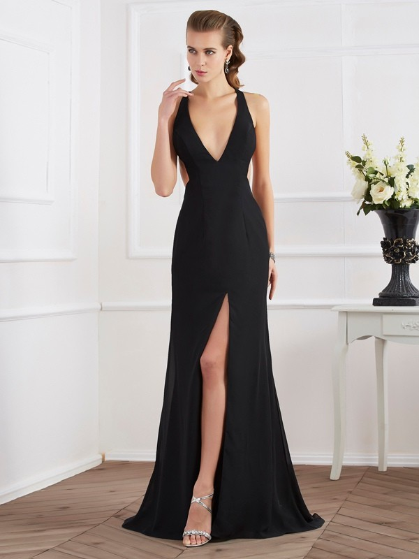 A-Line/Princess Halter Sleeveless Long Chiffon Dresses
