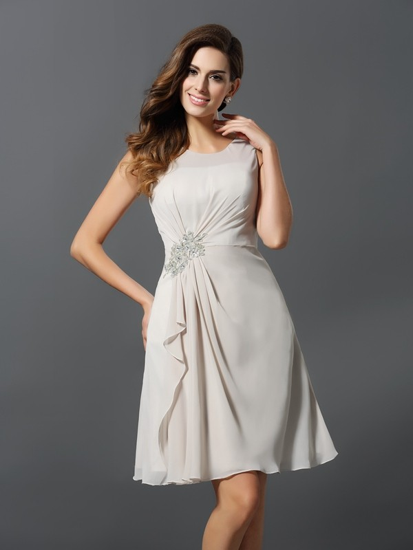 A-Line/Princess Scoop Beading Sleeveless Short Chiffon Bridesmaid Dresses