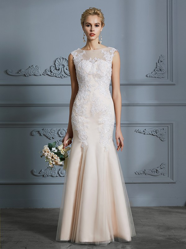Trumpet/Mermaid Scoop Sleeveless Tulle Applique Floor-Length Wedding Dresses