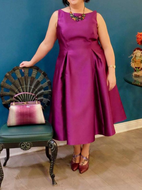 A-Line Bateau Sleeveless Ruched Tea-Length Satin Plus Size Dresses