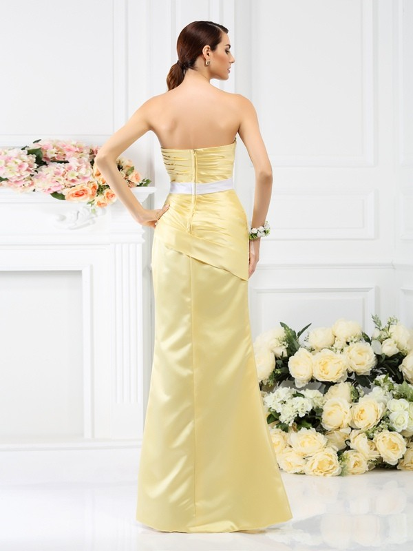 Trumpet/Mermaid Strapless Pleats Sleeveless Long Satin Bridesmaid Dresses
