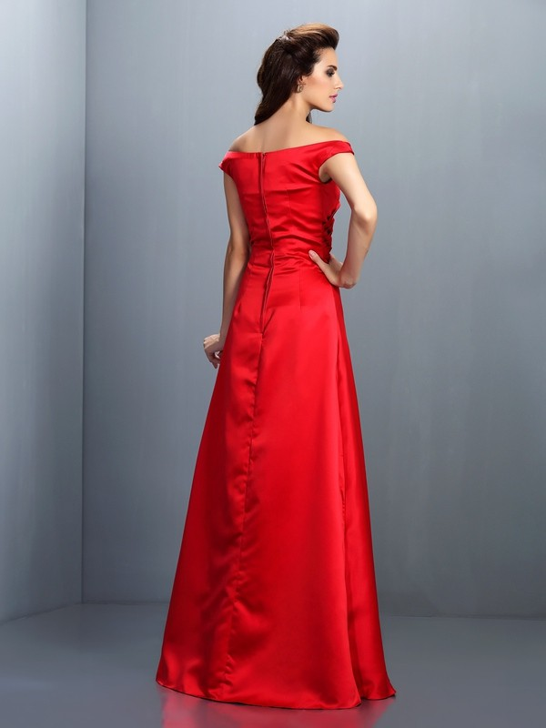 Sheath/Column Off-the-Shoulder Sleeveless Long Satin Bridesmaid Dresses