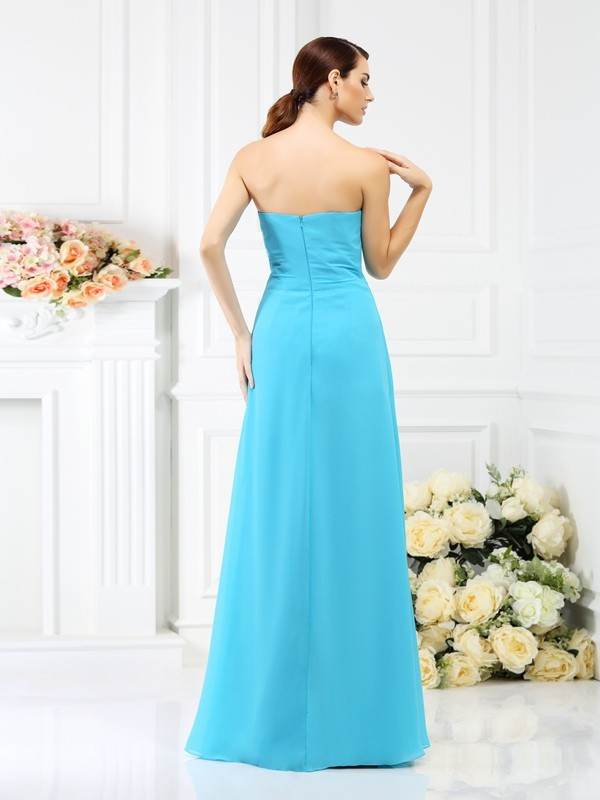 A-Line/Princess Strapless Hand-Made Flower Sleeveless Long Chiffon Bridesmaid Dresses