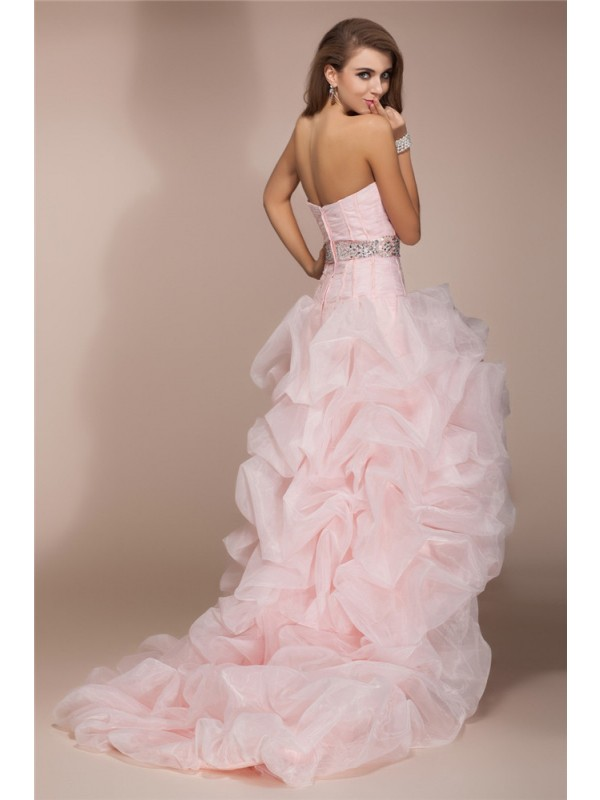A-Line/Princess Sweetheart Sleeveless High Low Beading Organza Dresses